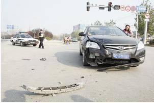 车险拒赔案例:两车相撞致路人死亡 保险公司拒赔!法院:理由不成立!必须赔!