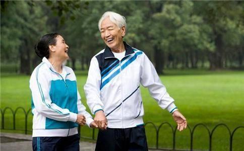 退休后 每月领取的养老金额度与哪些因素有关?