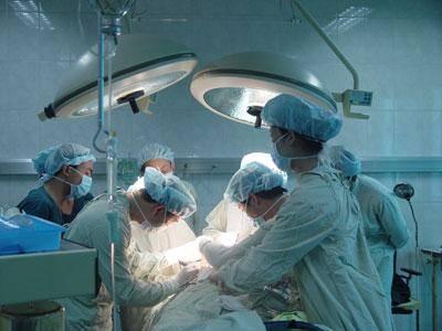 男子患肝癌 保险公司以带病投保为由拒赔!带病是否可以投保?