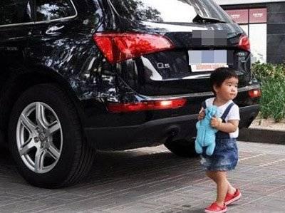 倒车撞到自家人保险公司会赔吗?车险容易忽略的误区有哪些?
